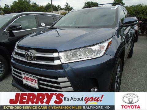 New 2019 Toyota Highlander AWD XLE With Navigation & AWD