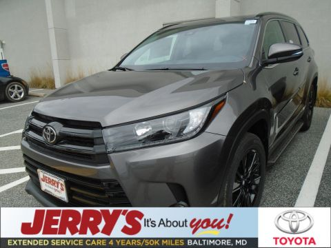 New 2019 Toyota Highlander AWD SE With Navigation & AWD